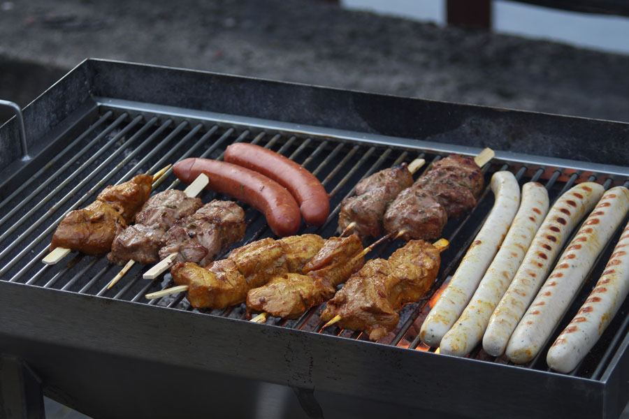 Reasons To Invest In A Charcoal Grill